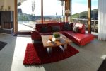 Ferienhaus in Bühlertal, Schwarzwald - komfortables Wohnzimmer mit Sicht in die Rheinebene